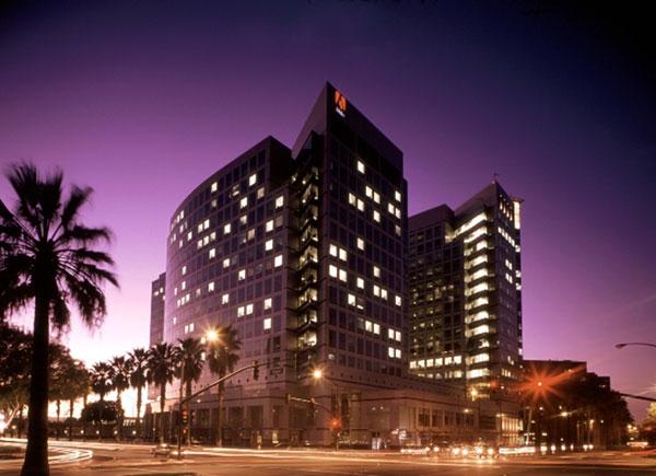 Adobe-Towers-at-Twilight