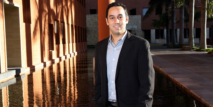 Gustavo-Calderon